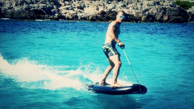 LAMPUGA  AIR inflatable  e-surf board